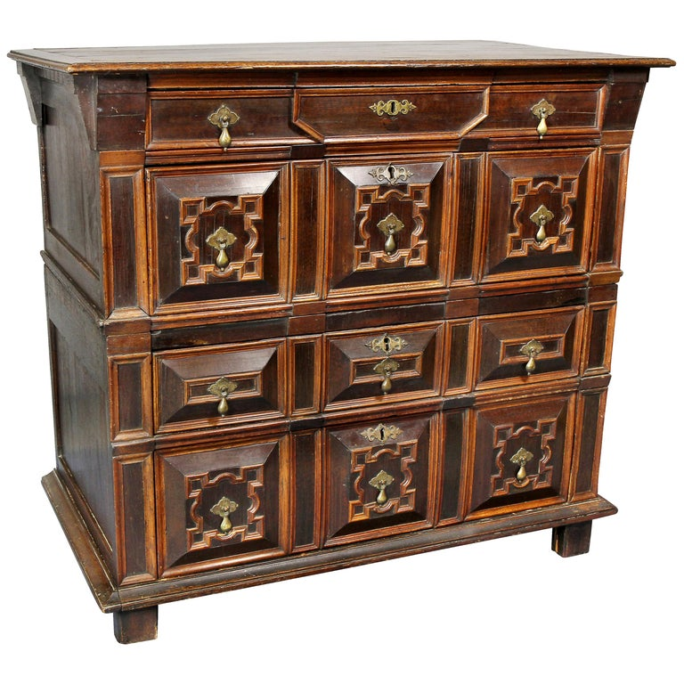 Charles II Palisander and Oak Chest of Drawers For Sale