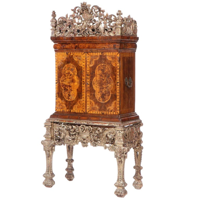 Charles II Walnut, Mulberry Marquetry Cabinet, Gilt Stand, 17th C H.F. du Pont In Good Condition In Brooklyn, NY