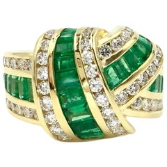 Charles Krypell 18 Karat Emerald and Diamond Crossover Style Ring