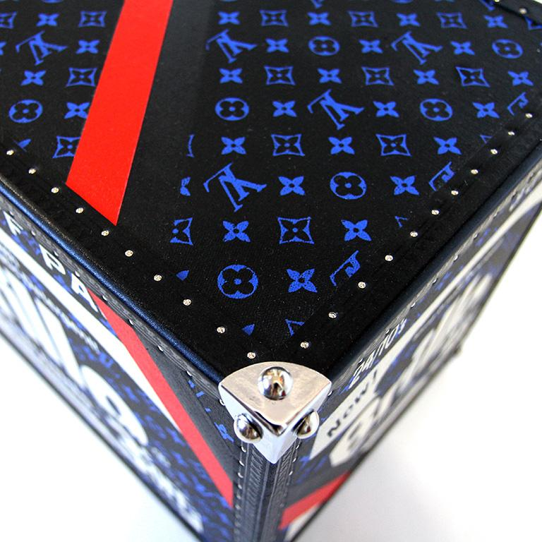 Brillo 3 Cents Off, Black & Blue Louis Vuitton Warhol Sculpture by Charles Lutz For Sale 4