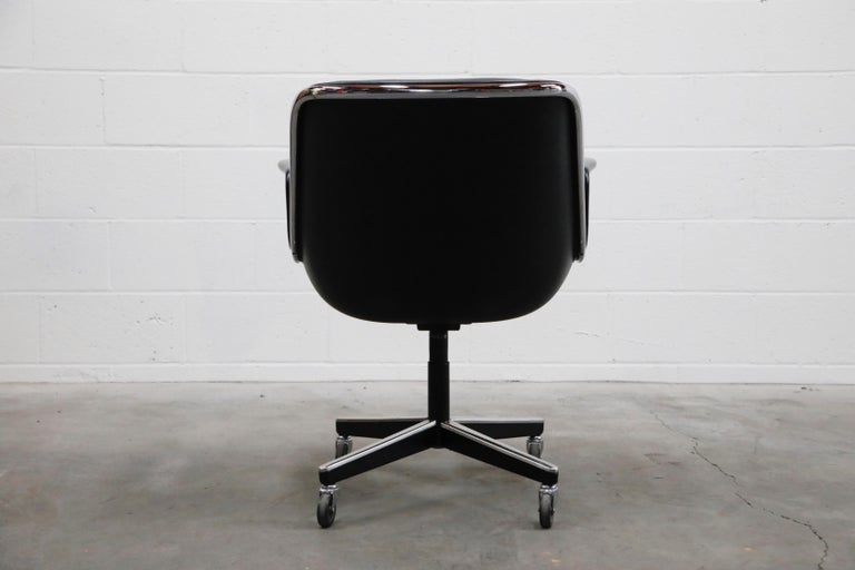 Late 20th Century Charles Pollock for Knoll International Executive Desk Chair, Signed 1985 For Sale