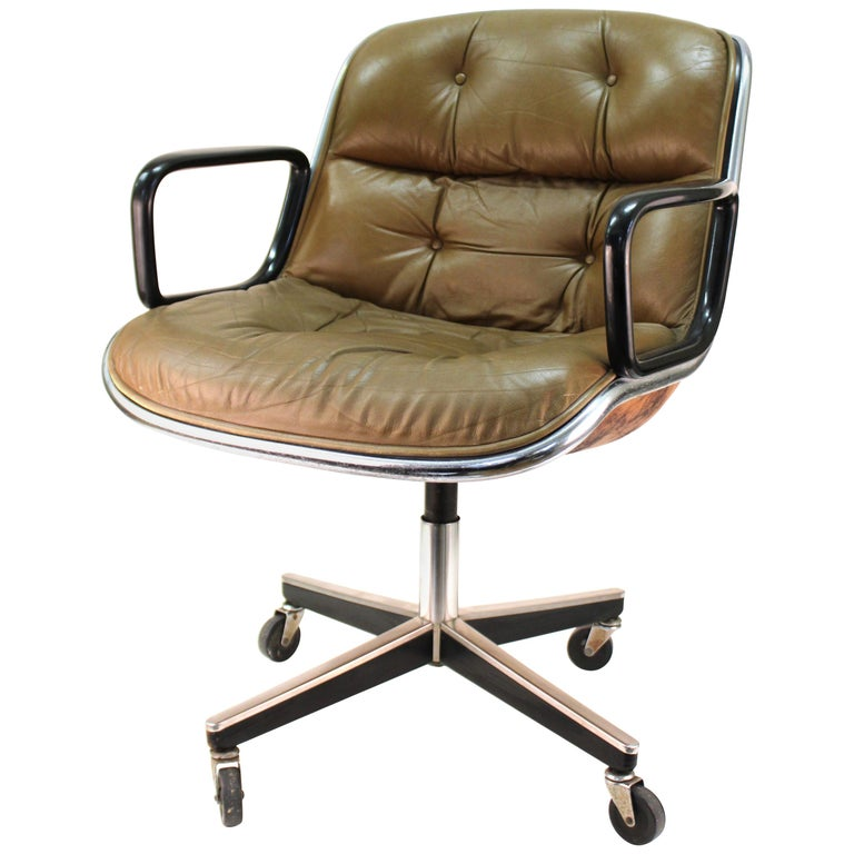 Charles Pollock for Knoll Mid-Century Modern Executive Chair For Sale