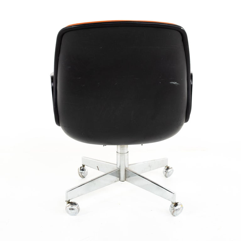 Mid-20th Century Charles Pollock for Knoll Style Mid Century All Steel Office Desk Chair For Sale