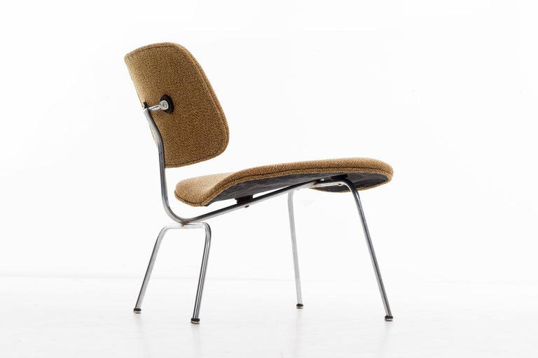 Charles Ray Eames Chairs For Sale 3