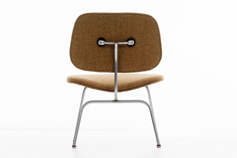 Charles Ray Eames Chairs For Sale 4