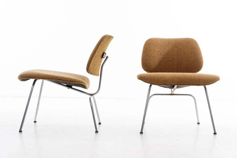 American Charles Ray Eames Chairs For Sale