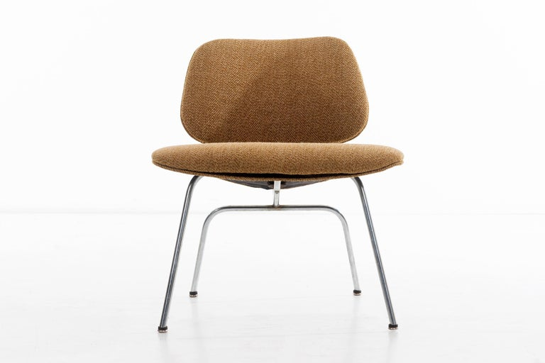 Mid-20th Century Charles Ray Eames Chairs For Sale