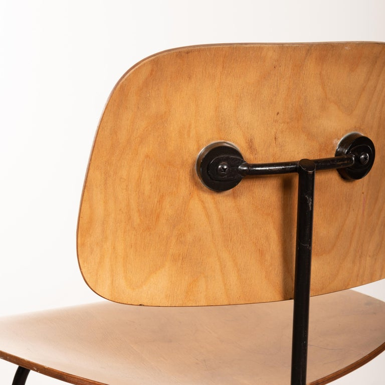 Charles & Ray Eames Early 1953 DCM Maple Side Chair Dining Set by Herman Miller For Sale 3