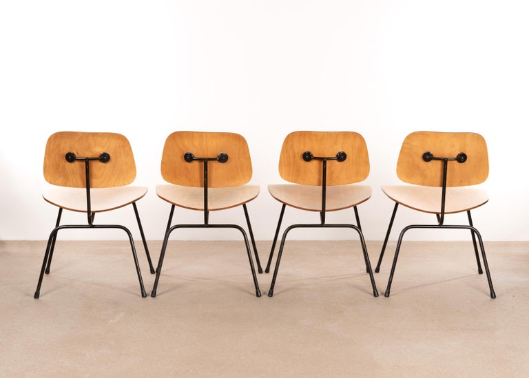 American Charles & Ray Eames Early 1953 DCM Maple Side Chair Dining Set by Herman Miller For Sale