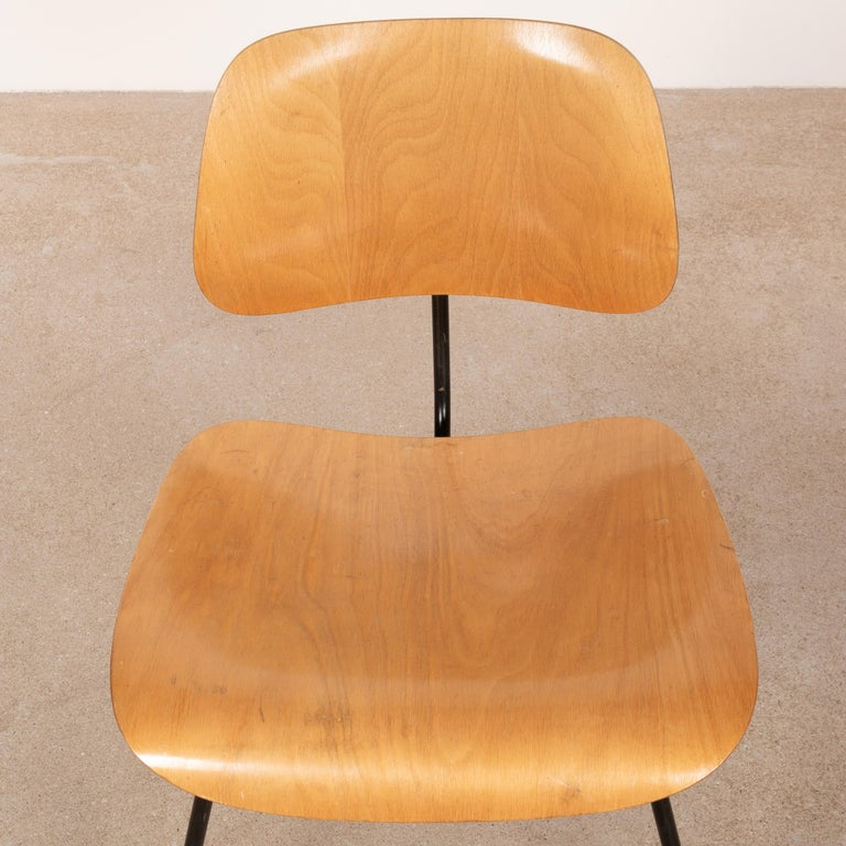 Mid-20th Century Charles & Ray Eames Early 1953 DCM Maple Side Chair Dining Set by Herman Miller For Sale