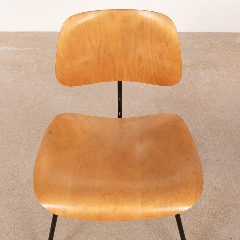 Charles & Ray Eames Early 1953 DCM Maple Side Chair Dining Set by Herman Miller For Sale 1