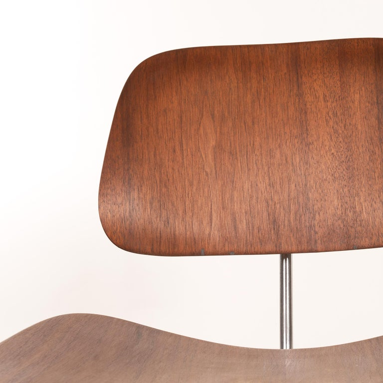 Charles & Ray Eames Early DCM Walnut Side Chair by Herman Miller, USA 4