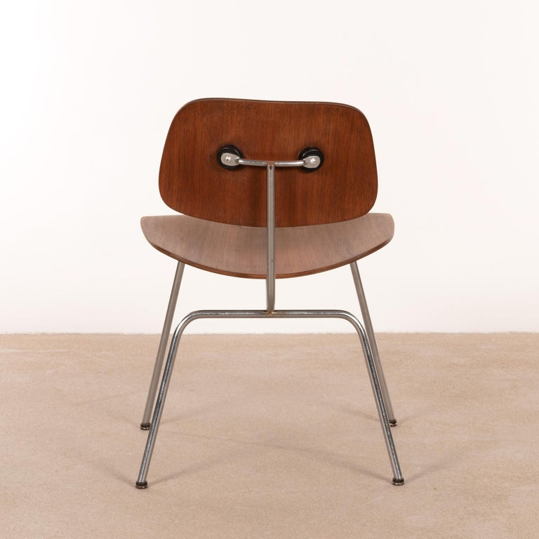 American Charles & Ray Eames Early DCM Walnut Side Chair by Herman Miller, USA