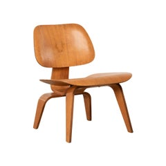 Charles & Ray Eames Early LCW Ash Lounge Chair for Herman Miller, 1951