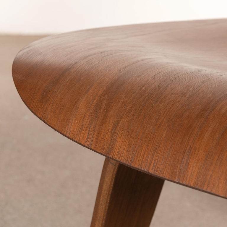 Charles & Ray Eames Early LCW Walnut Lounge Chair for Herman Miller 5