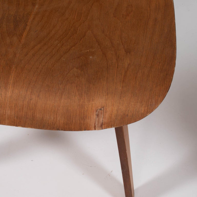Charles & Ray Eames for Herman Miller DCW Dining Chairs, 1950s Set of 2 For Sale 3