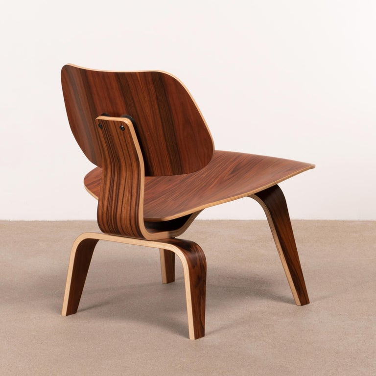 American Charles & Ray Eames LCW Santos Palisander Lounge Chair for Herman Miller For Sale
