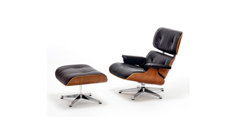 Iconic lounge chair 670 and ottoman 671 designed by Charles & Ray Eames in 1956 and produced by Vitra.