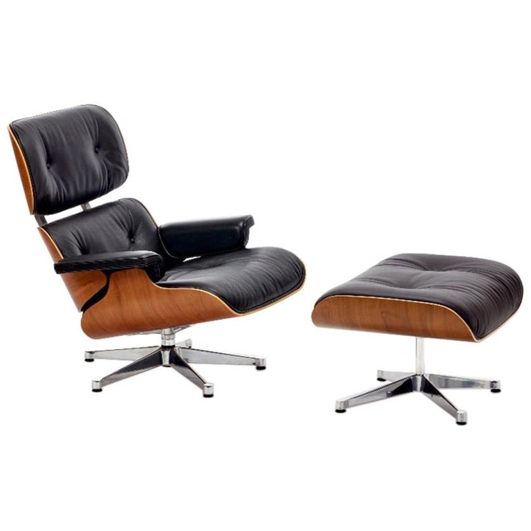 Charles & Ray Eames Lounge Chair 670 and Ottoman 671 for Vitra For Sale