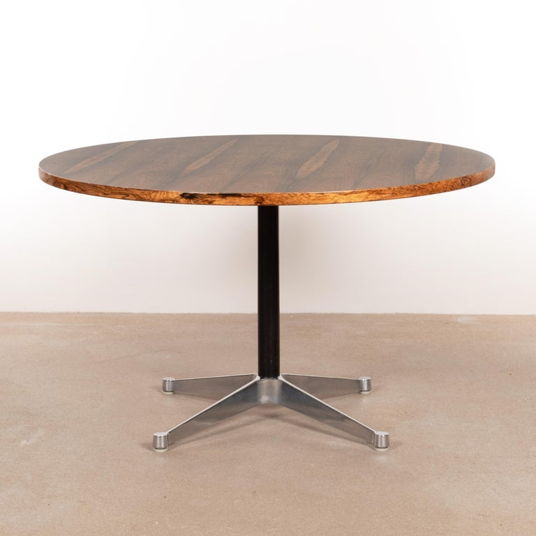 Mid-Century Modern Charles & Ray Eames Rosewood Dining Table with Contract Base for Herman Miller For Sale
