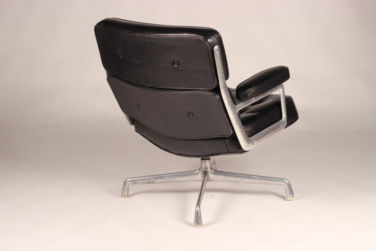Late 20th Century Charles & Ray Eames Time Life Lobby Chair For Sale
