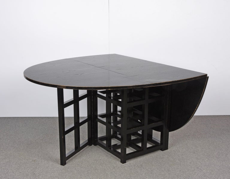 Charles Rennie Mackintosh Ebonized Ash Folding Oval Table DS1, 1970s In Good Condition For Sale In Roma, IT