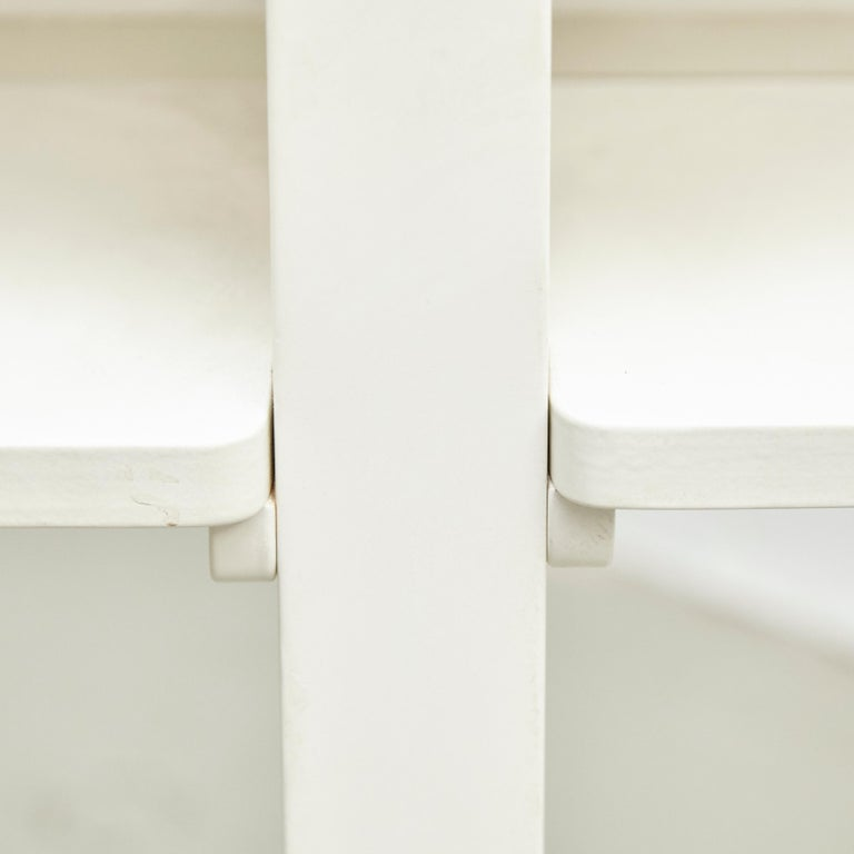 Charles Rennie Mackintosh White Lacquered Domino Side Table, circa 1970 For Sale 1