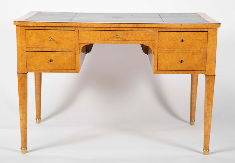 Charles X Bureau Plat In Good Condition For Sale In Stamford, CT