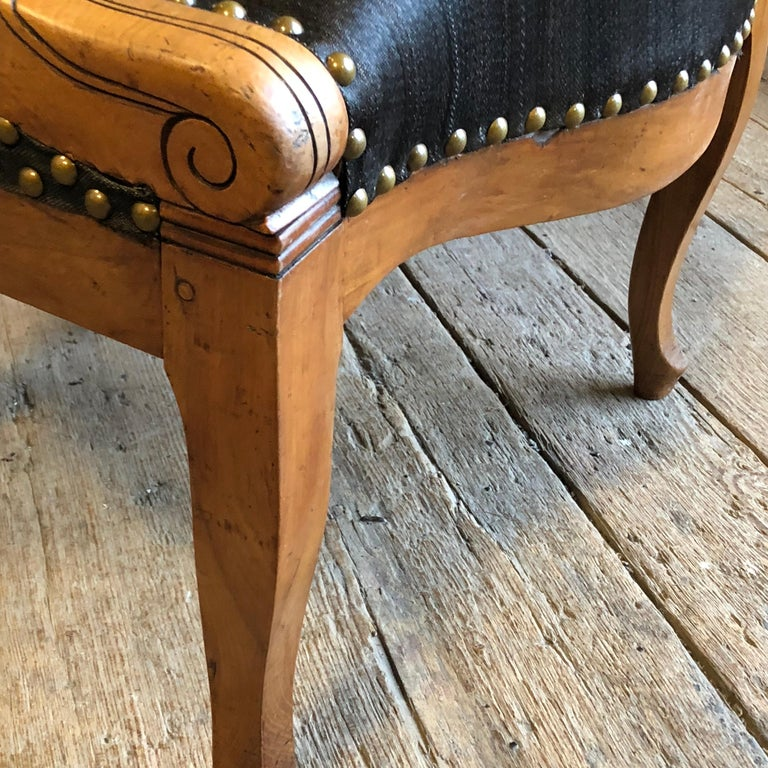 Charles X Desk Chair, 1820s In Good Condition For Sale In Doylestown, PA