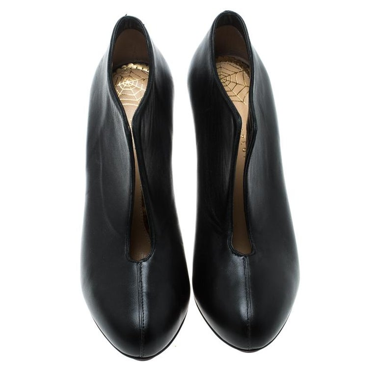 Women's Charlotte Olympia Black Leather Ankle Booties Size 37 For Sale
