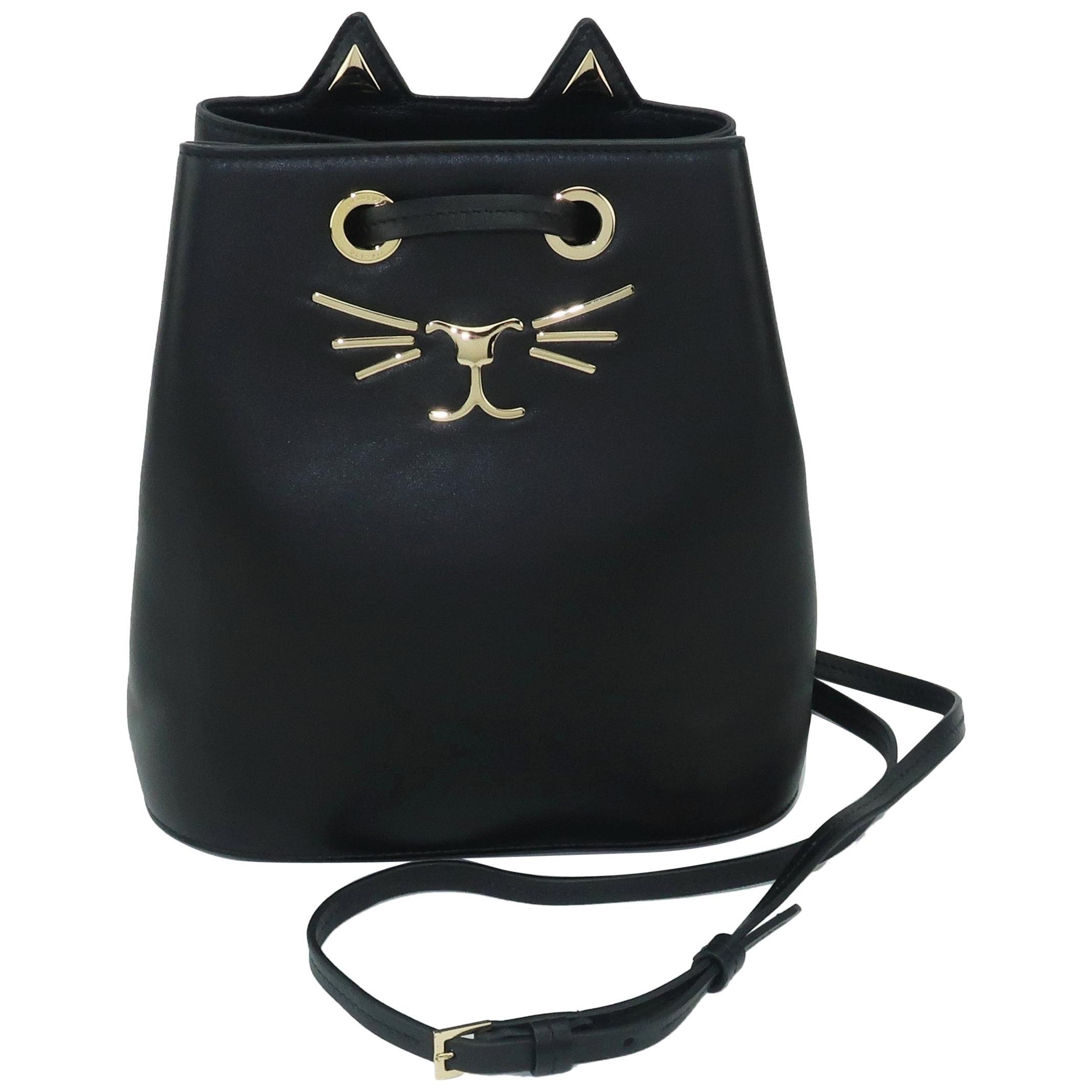 e43c2d33b Vintage and Designer Bags - 24,060 For Sale at 1stdibs