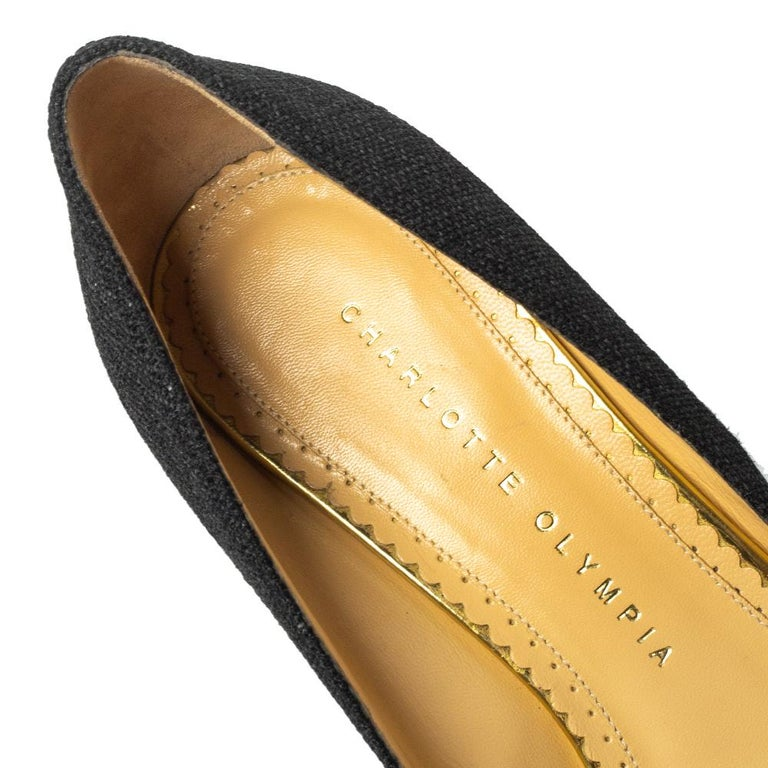 Charlotte Olympia Black Raffia Carmen Wedge Espadrilles Pumps Size 37.5 For Sale 1