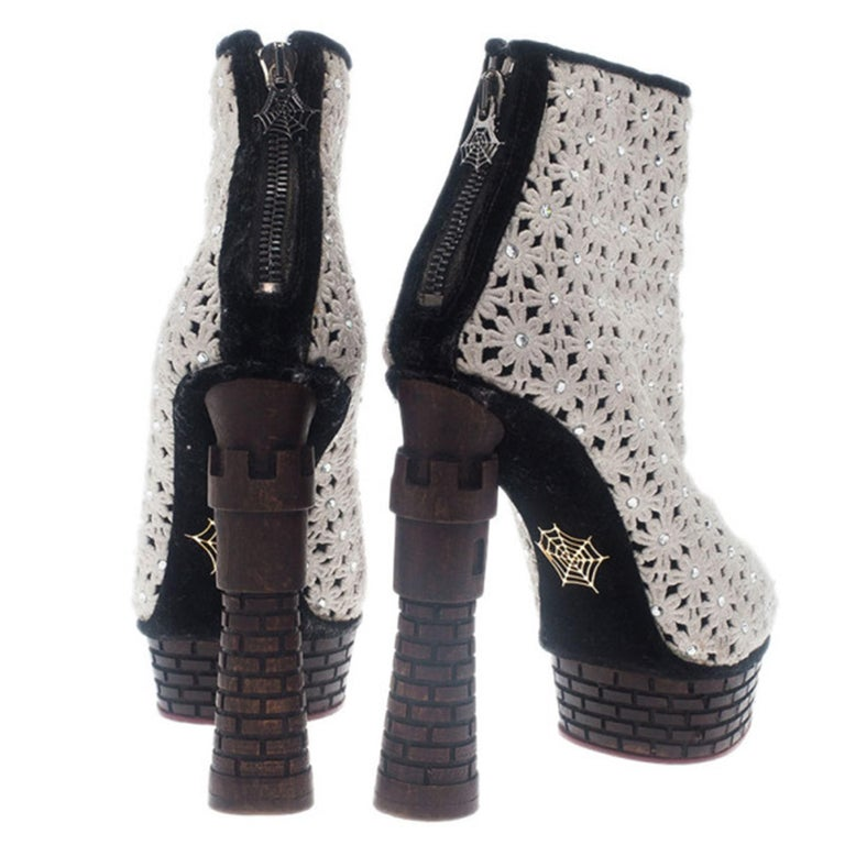 Gray Charlotte Olympia Cream Damsel In Distress Crocheted Ankle Boots Size 36.5 For Sale