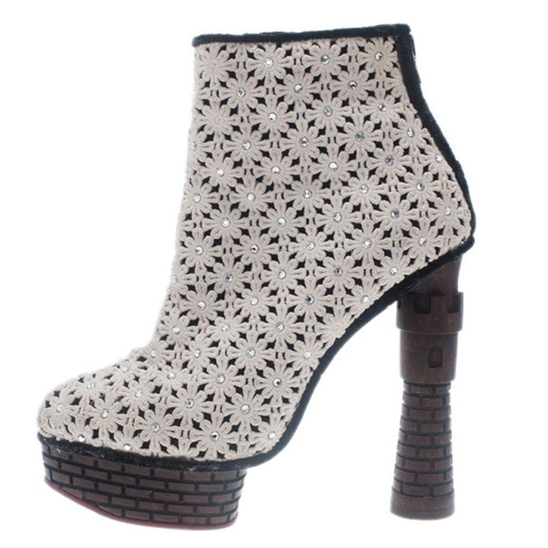 Women's Charlotte Olympia Cream Damsel In Distress Crocheted Ankle Boots Size 36.5 For Sale