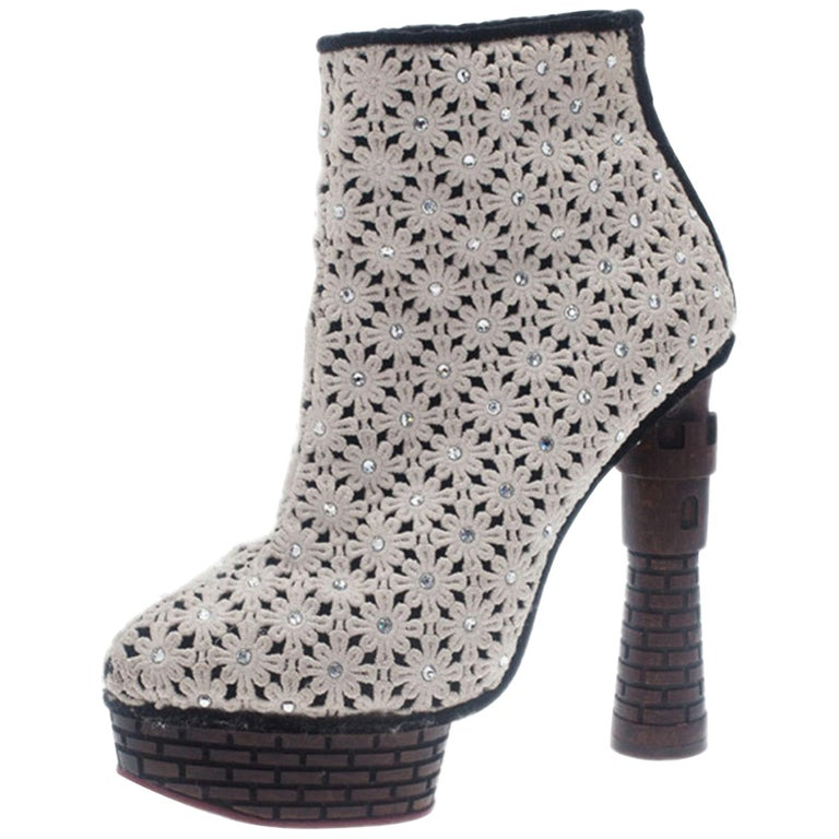 Charlotte Olympia Cream Damsel In Distress Crocheted Ankle Boots Size 36.5 For Sale