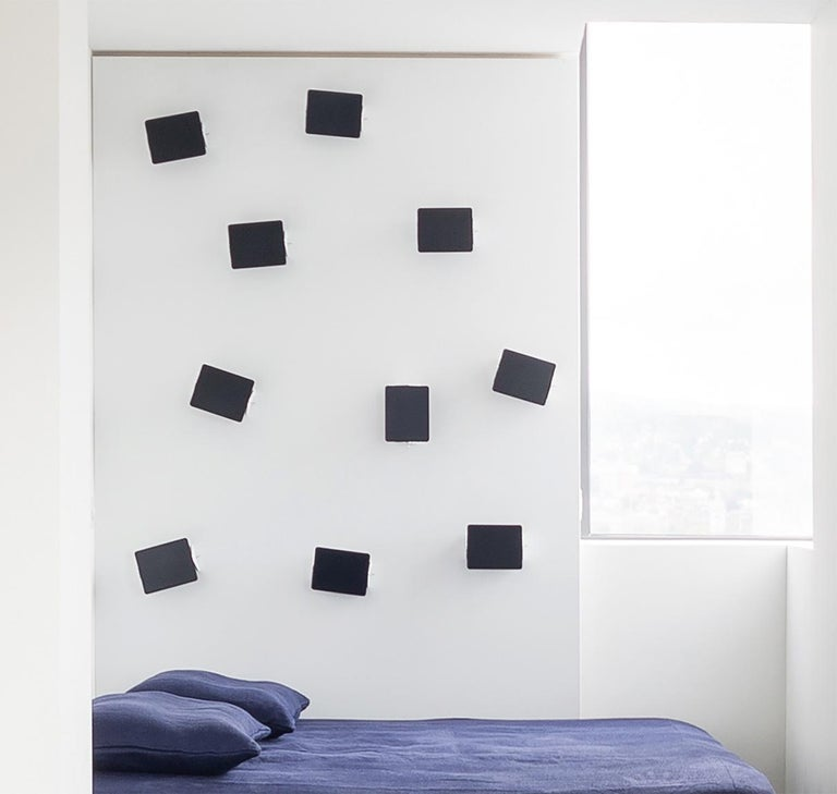 Charlotte Perriand 'Applique Á Volet Pivotant' Wall Lights in Black and White For Sale 3
