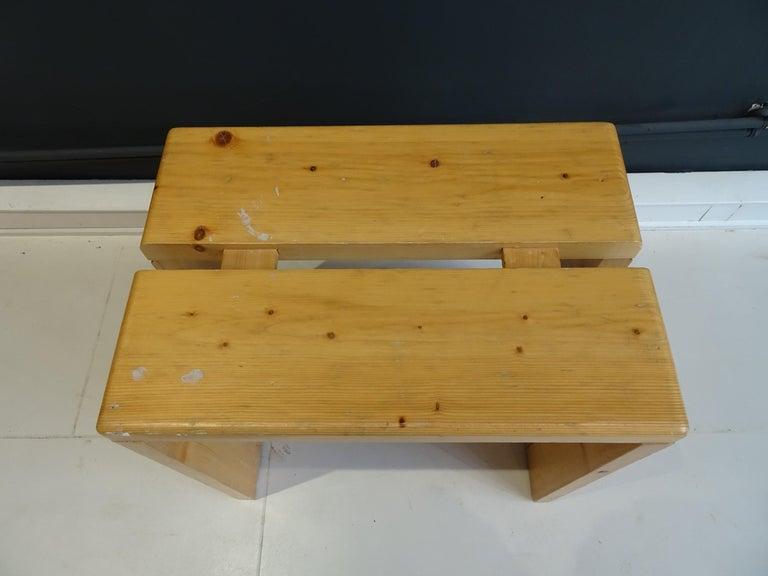 Pine stool model