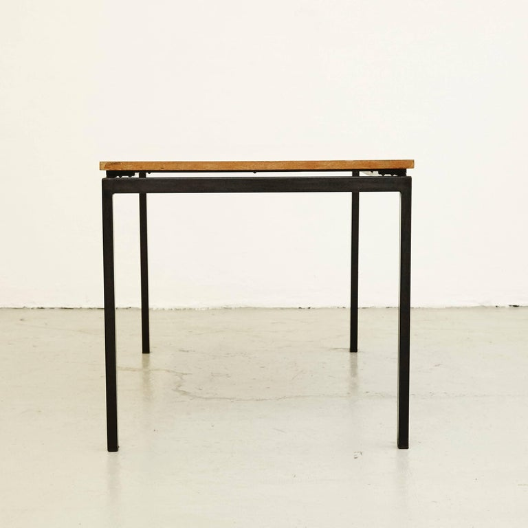 Charlotte Perriand Mid-Century Modern Metal and Formica Cansado Table circa 1950 In Good Condition For Sale In Barcelona, Barcelona