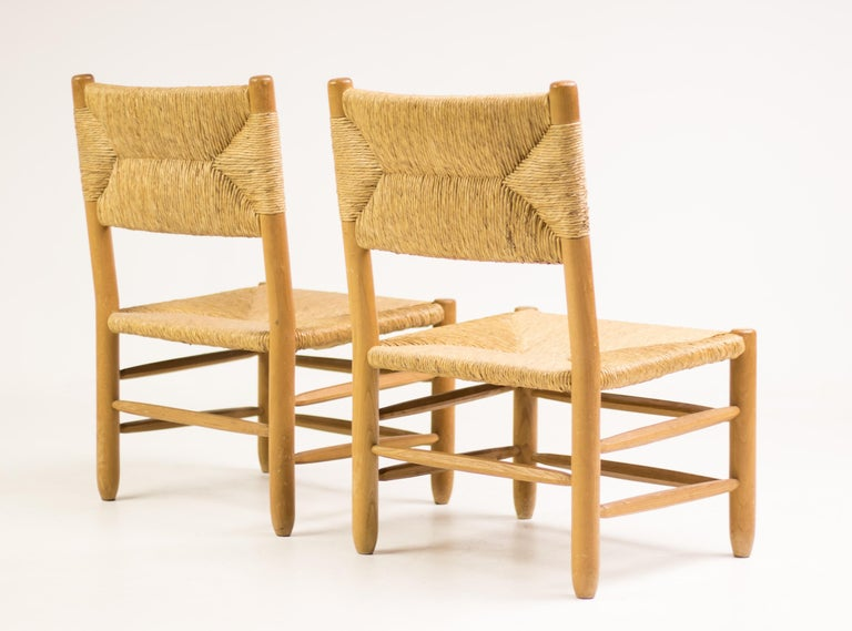 Charlotte Perriand Pair of Rush Lounge Chairs For Sale 7