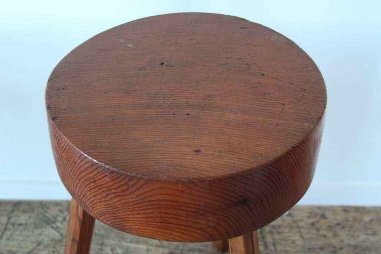 Charlotte Perriand Style Wood Stool In Good Condition For Sale In Meyrin, CH