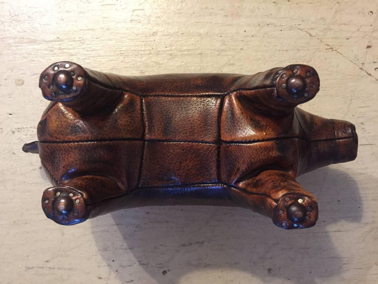 Mid-20th Century Charming Abercrombie and Fitch Vintage Leather Oinker Footstool Sculpture For Sale