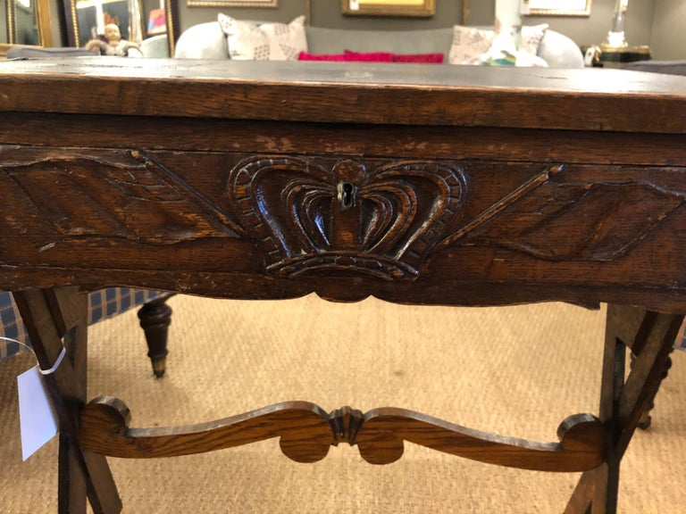 Charming Antique English Carved Oak End Table with Crown and Black Glass Top For Sale 4