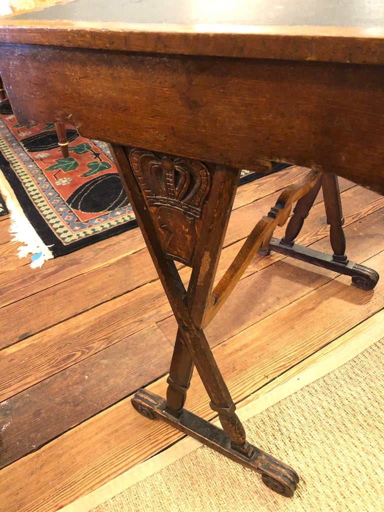 Charming Antique English Carved Oak End Table with Crown and Black Glass Top For Sale 10
