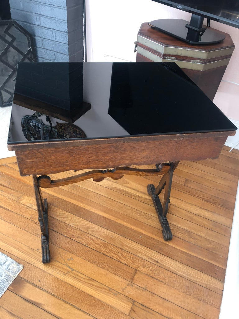 19th Century Charming Antique English Carved Oak End Table with Crown and Black Glass Top For Sale