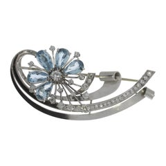 Charming Aquamarine and Diamond Floral Shaped Brooch
