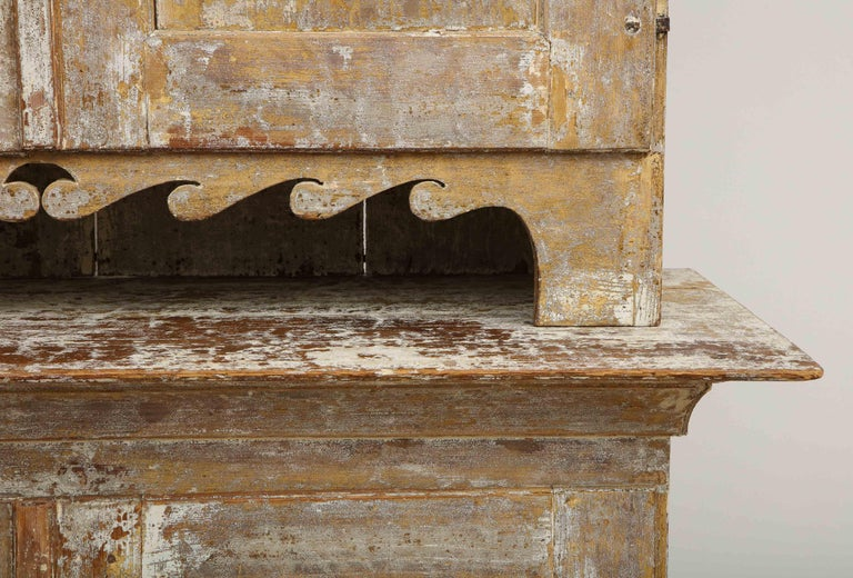 18th Century and Earlier Charming Gustavian Cabinet, circa 1790, Origin Sweden For Sale