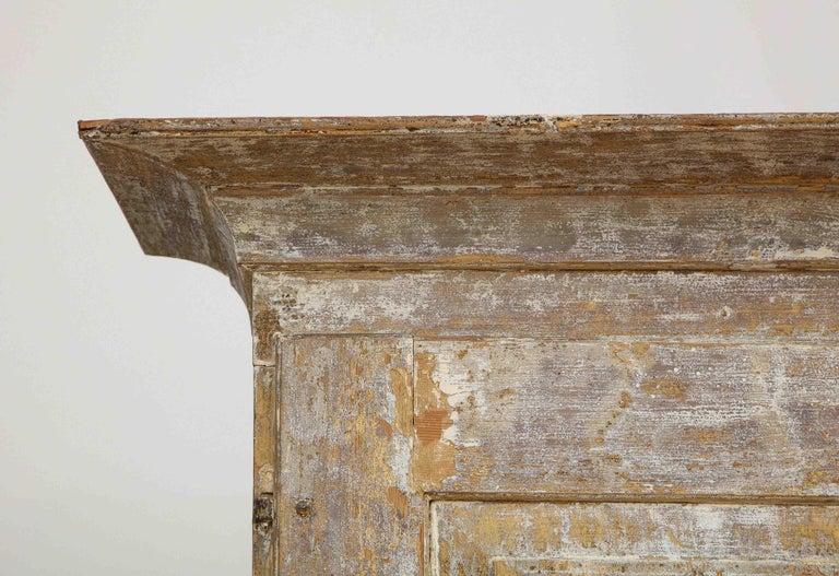 Charming Gustavian Cabinet, circa 1790, Origin Sweden For Sale 1