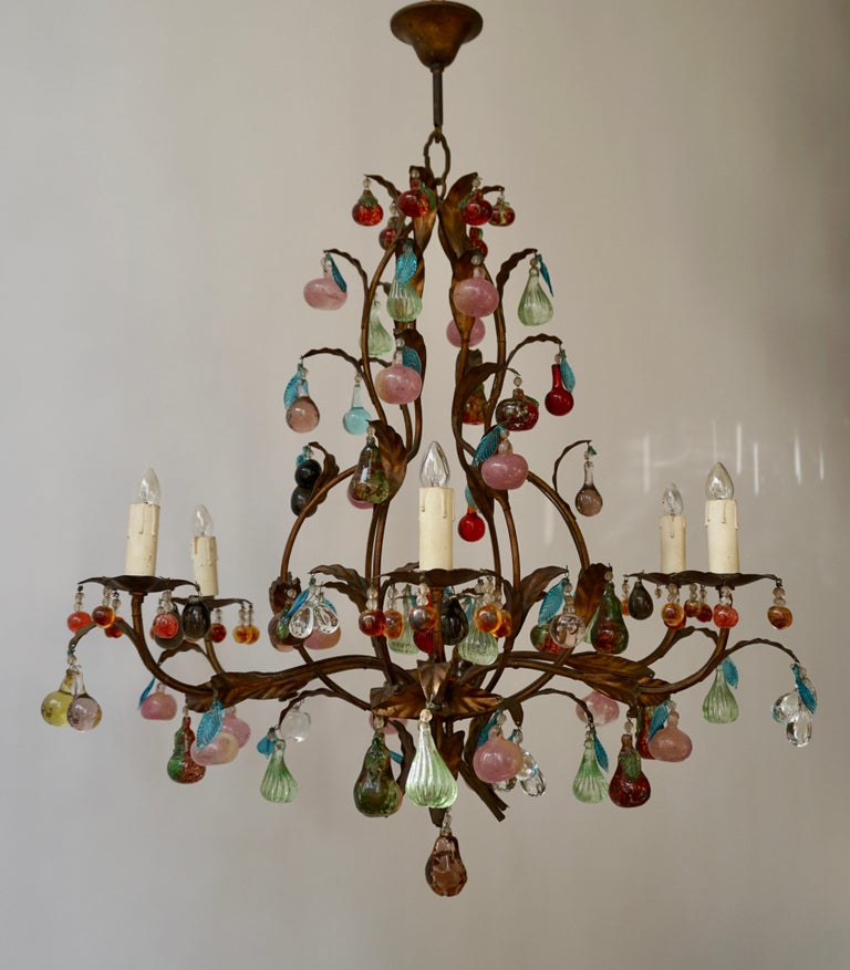 Hollywood Regency Charming Italian Murano Chandelier with Fruit Pendants in Colored Glass For Sale