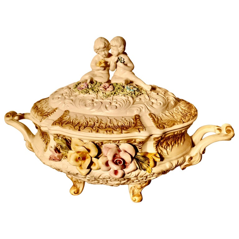Charming Late 20th Century Capodimonte Tureen with Lid For Sale