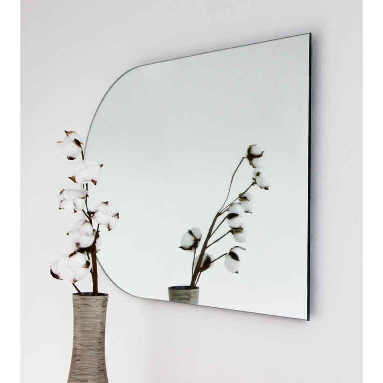 Charming Modern Arcus™ Mirror Frameless - four mirrors in one In New Condition For Sale In London, GB